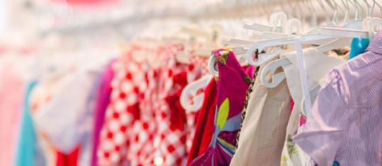 collection de vêtements d'enfants